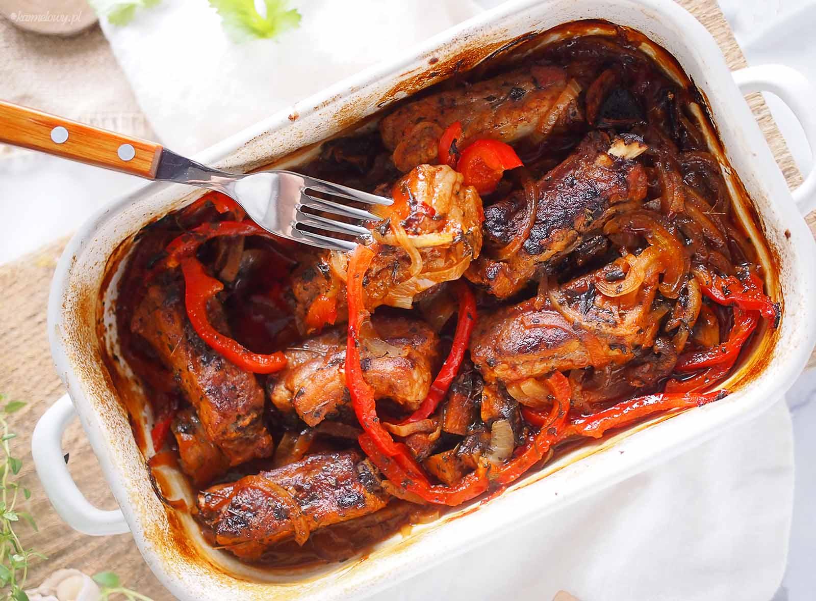 zeberka-pieczone-z-grzybami-i-papryka-Baked-ribs-with-mushrooms-and-bell-pepper