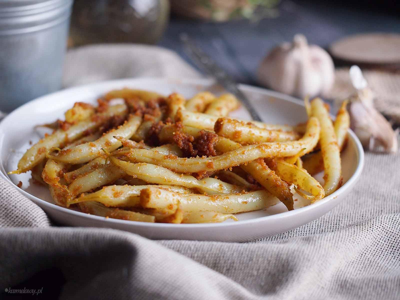 Fasolka-szparagowa-z-maslana-bulka-tarta-Beans-with-buttery-breadcrumbs