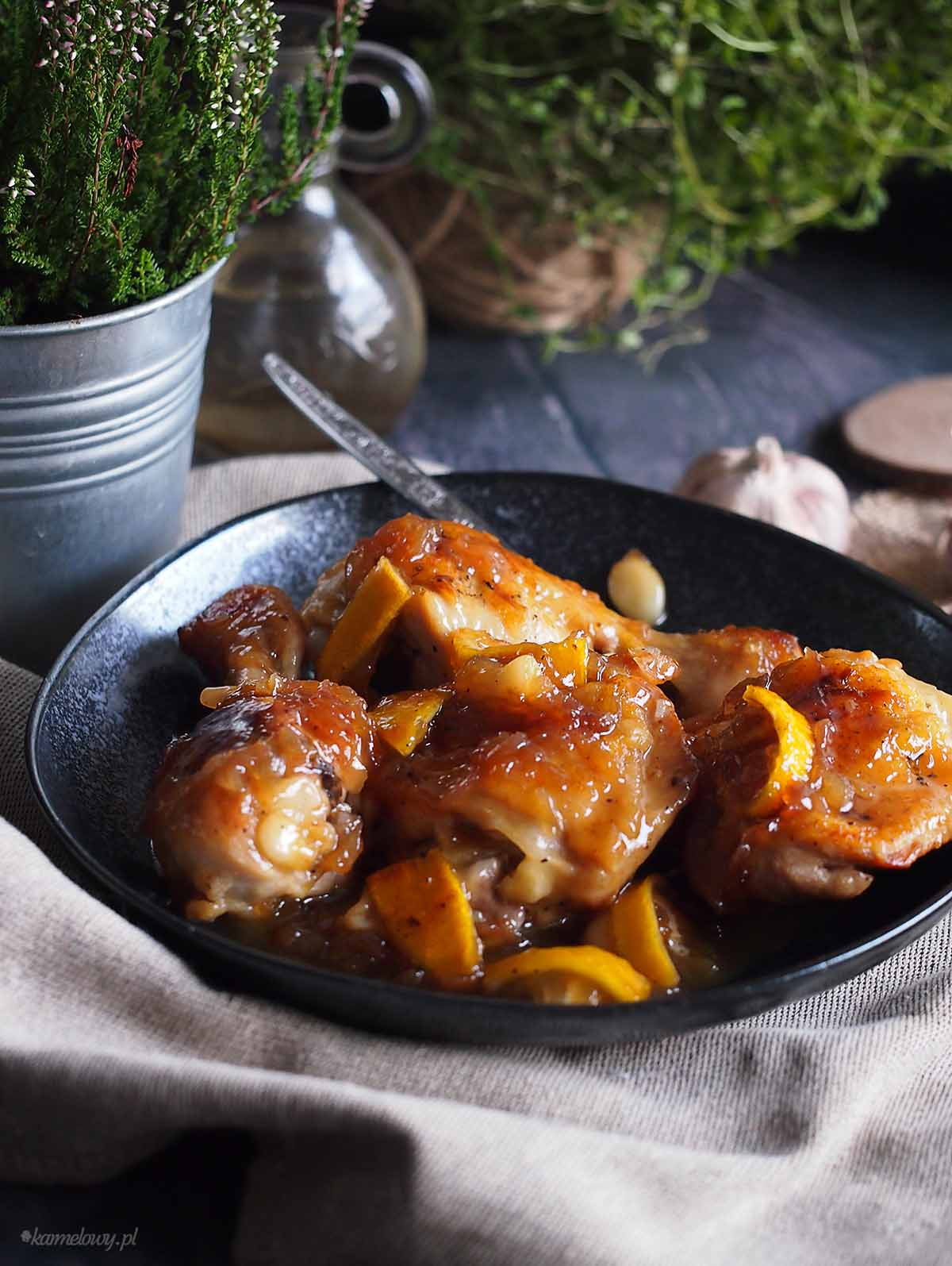 Kurczak-duszony-z-miodem i-cytryna-Braised-chicken-with-honey-and-lemon
