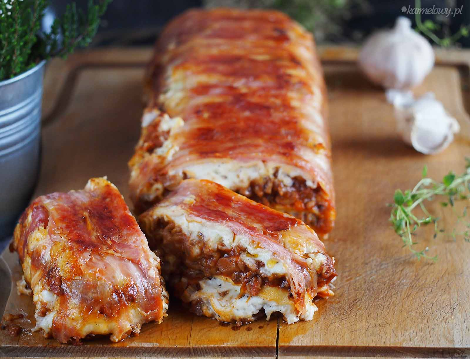 Lasagne-miesno-grzybowe-w-boczku-Bacon-wrapped-meat-and-mushroom-lasagna