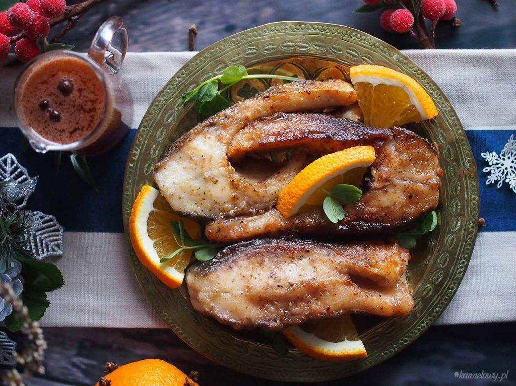 Karp-w-sosie-miodowo-pomaranczowym-Carp-with-honey-orange-sauce