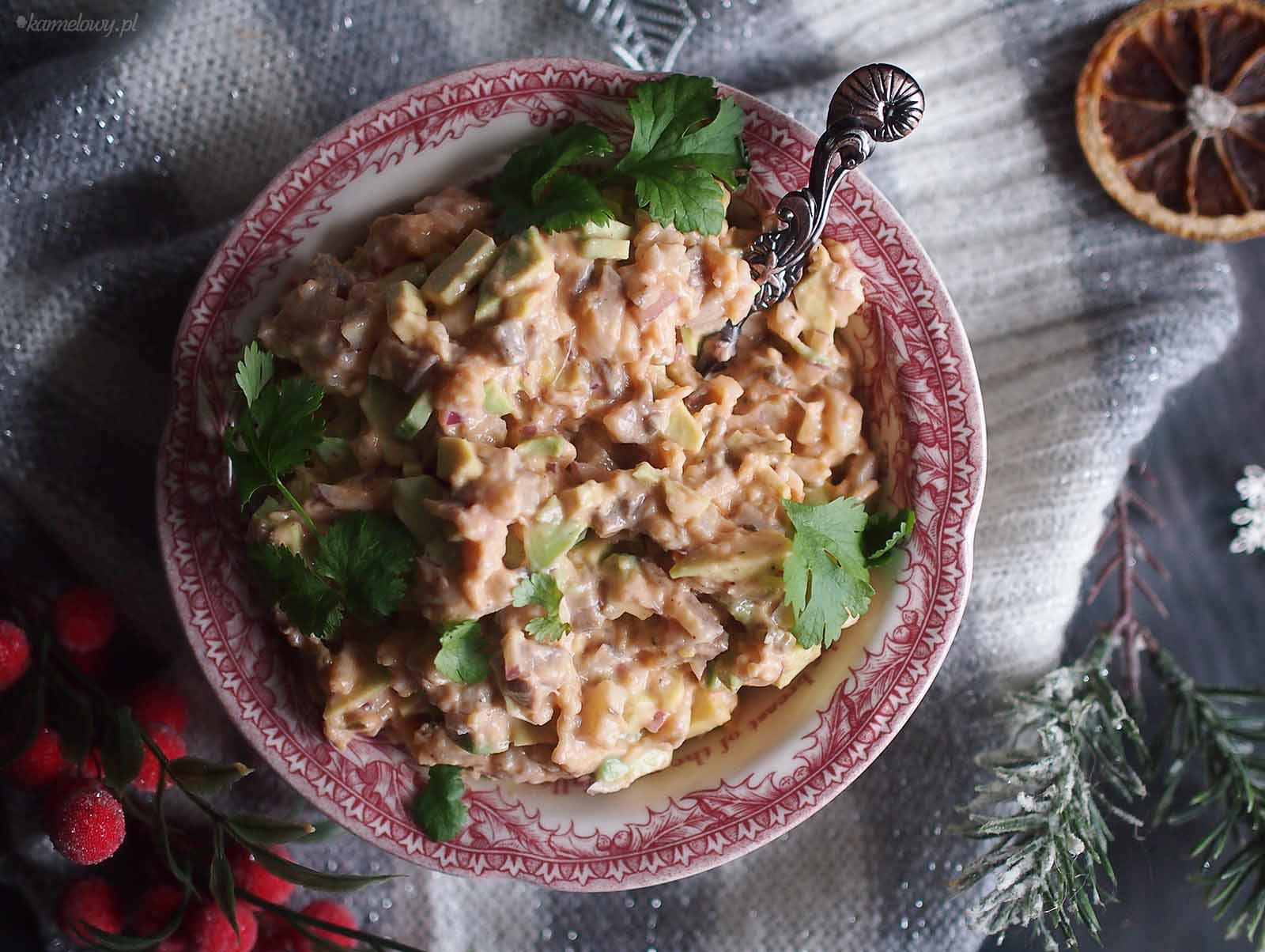 Sałatka-sledziowa-z-awokado-Avocado-herring-salad