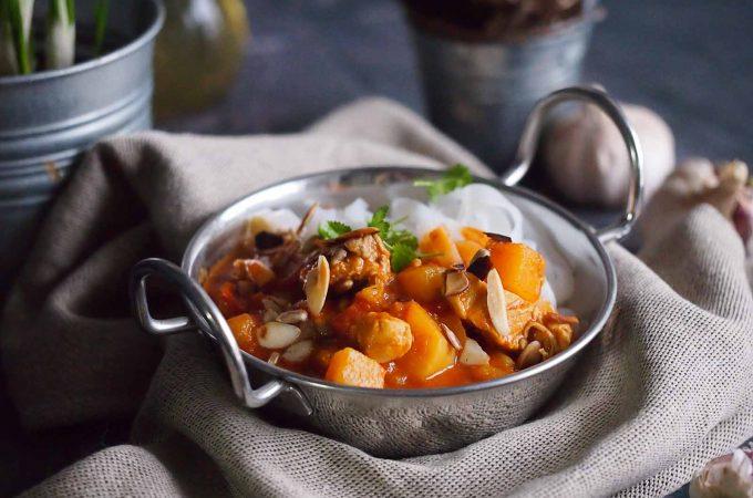 Curry z kurczakiem, dynią i masłem orzechowym / Chicken, pumpkin and peanut butter curry