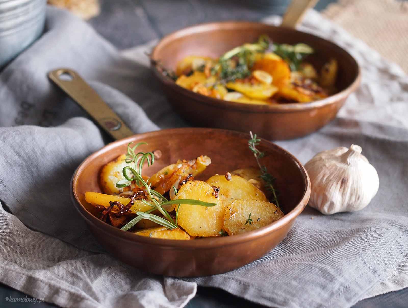 Smazone-ziemniaki-z-ziolami-Sauteed-potatoes