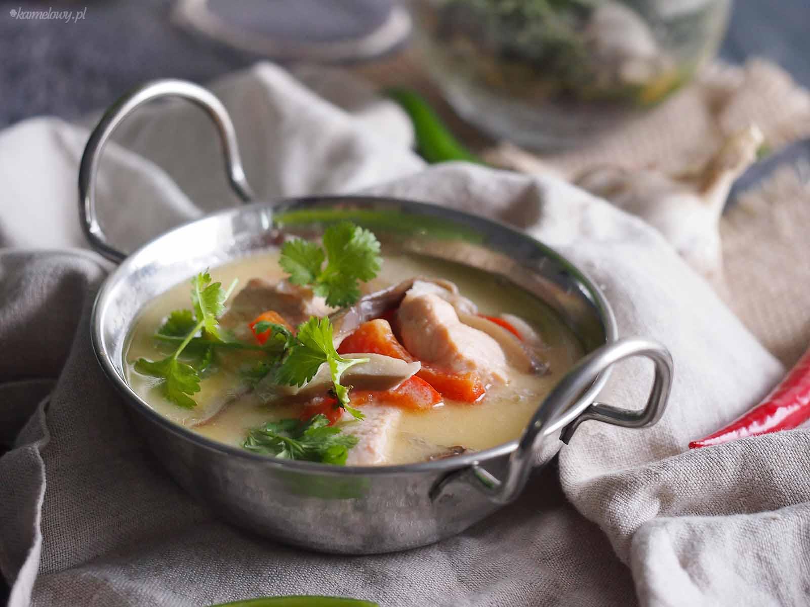 Tajska-zupa-z-lososiem-Thai-salmon-soup