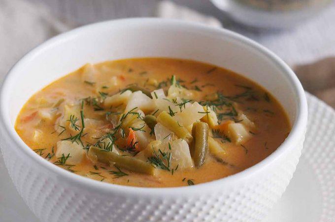 Letnia zupa jarzynowa / Summer vegetable soup