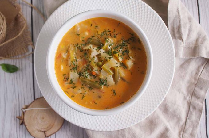 Letnia-zupa-jarzynowa-Summer-vegetable-soup