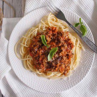 Szybki-makaron-bolognese-Quick-pasta-bolognese