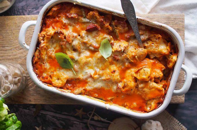 Tortellini zapiekane w sosie bolońskim / Bolognese tortellini bake