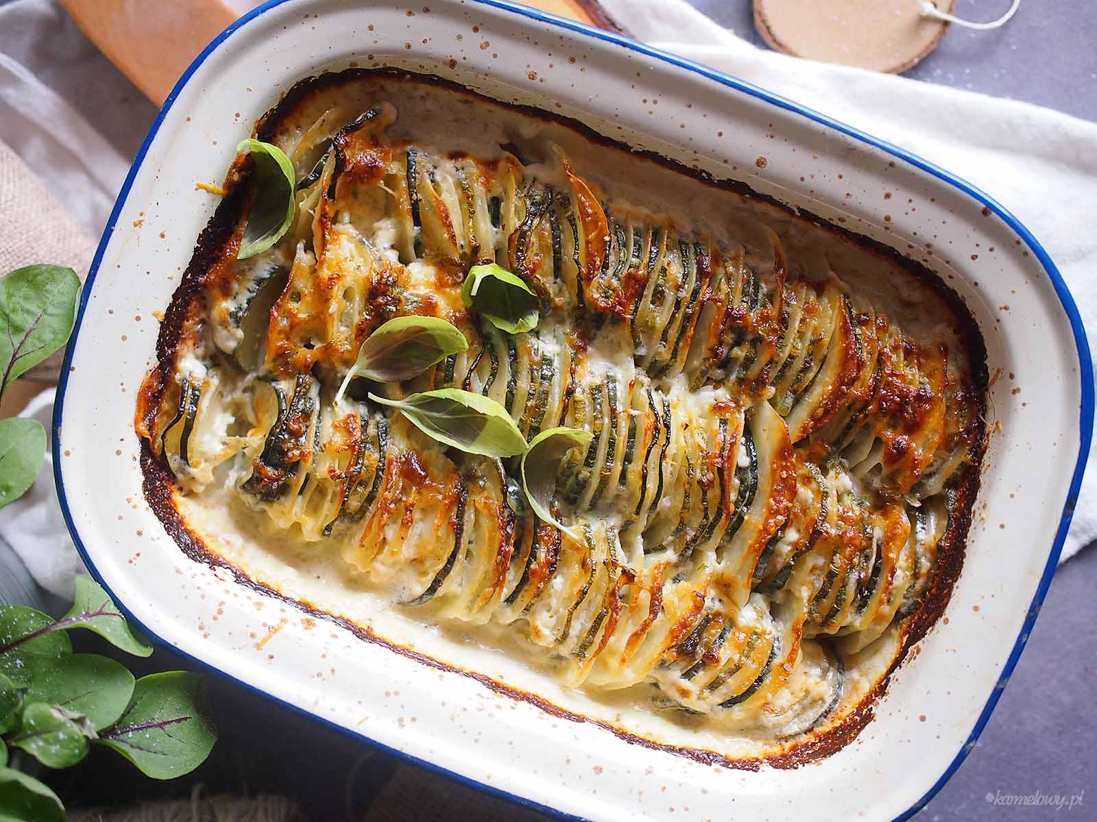 Ziemniaki-zapiekane-z-cukinia-i-serem-Cheesy-zucchini-potato-bake