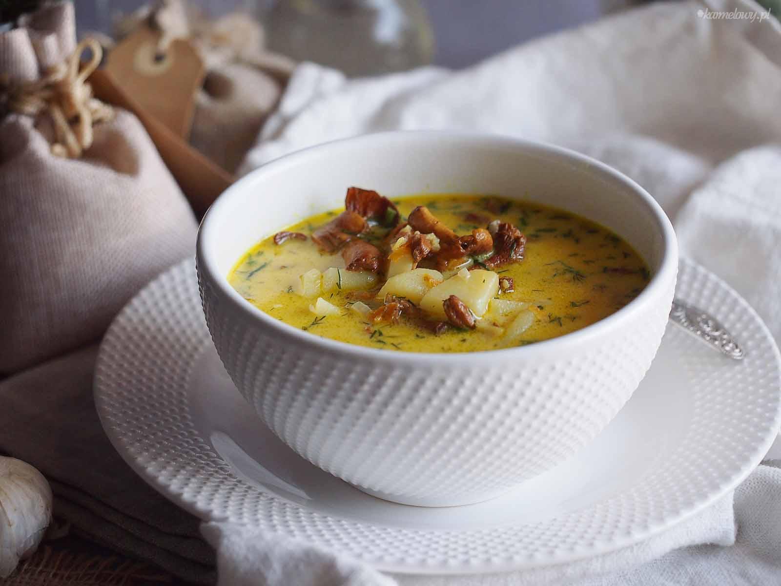 Zupa-kurkowa-Chanterelle-soup