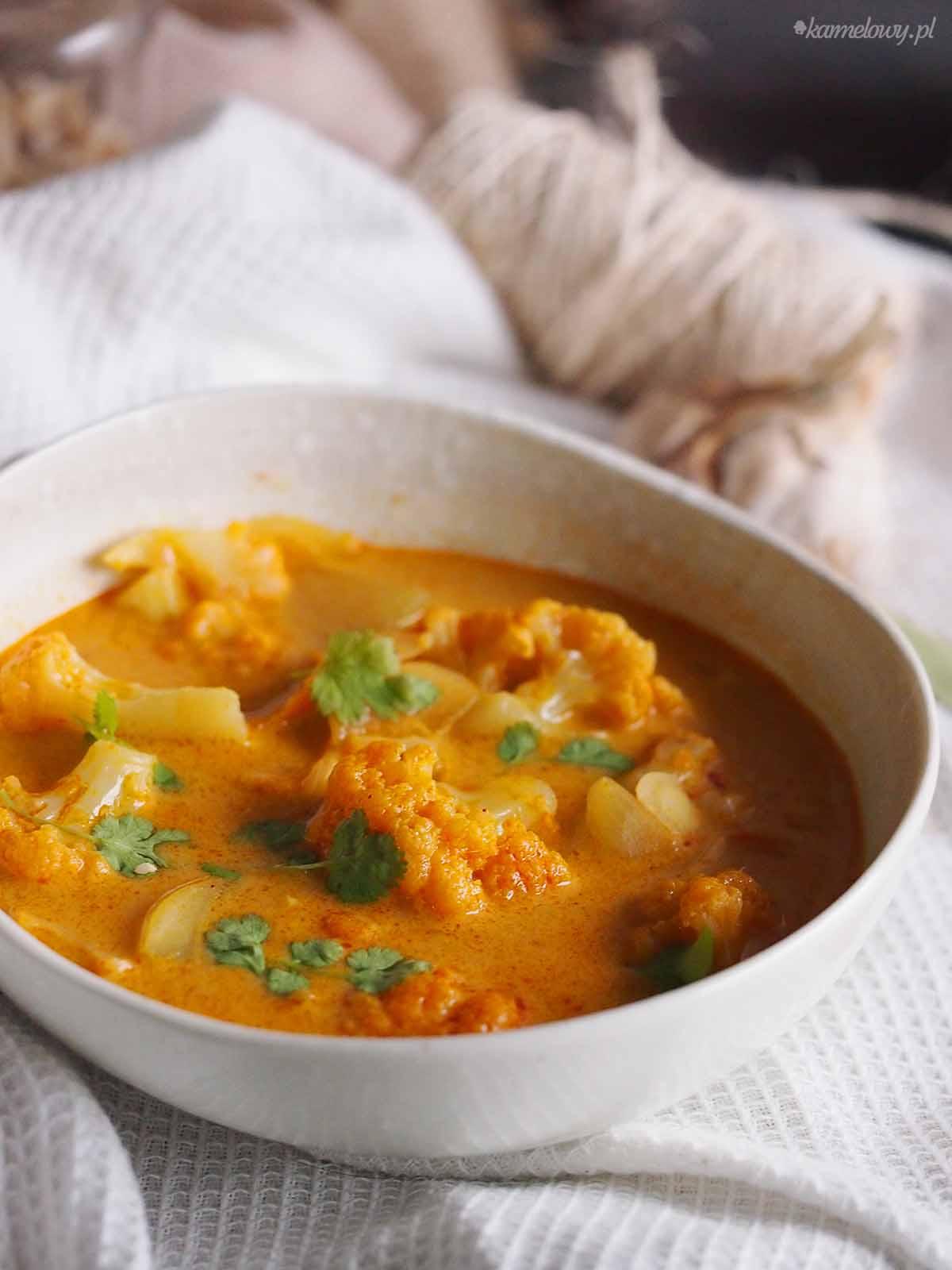 zupa-tajska-z-kalafiorem-Thai-cauliflower-soup