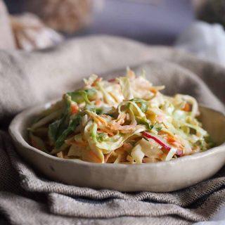 Surowka-z-mlodej-kapusty-Young-cabbage-salad