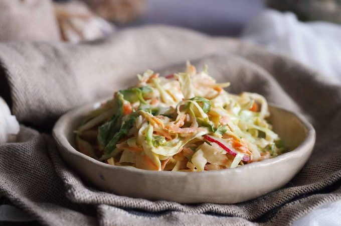Surówka z młodej kapusty / Young cabbage salad