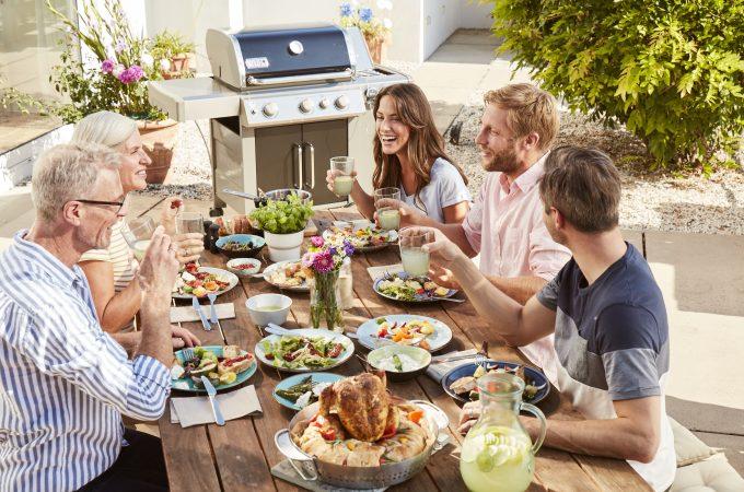 Lubisz rodzinne grillowanie? Możesz to robić zdrowo i bez dymu!